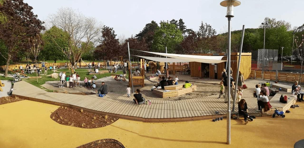 Játszótérrel és tanösvénnyel újult meg a főváros közkedvelt parkja