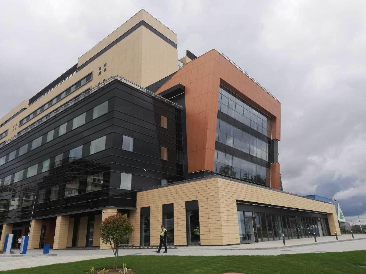 Magyar beruházással és kivitelezéssel épült irodaház Kolozsváron