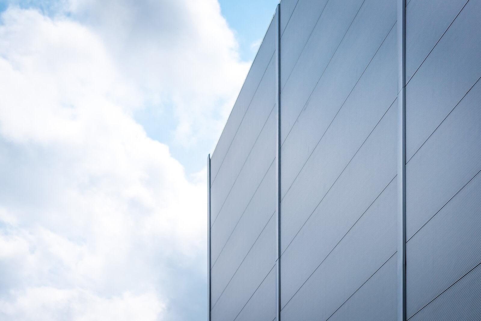 Hamarosan átadják a Continental üzemének új épületét
