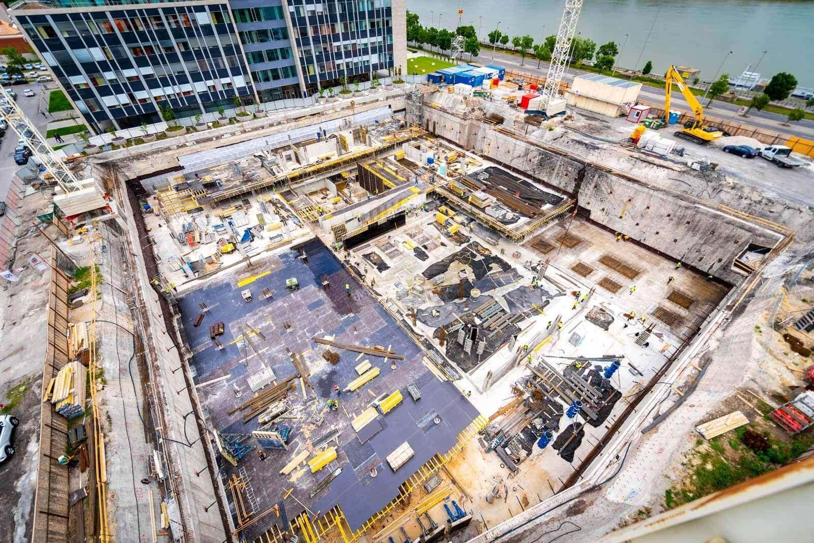 Nagyszabású mélyépítési munkákkal növekedik a HBM