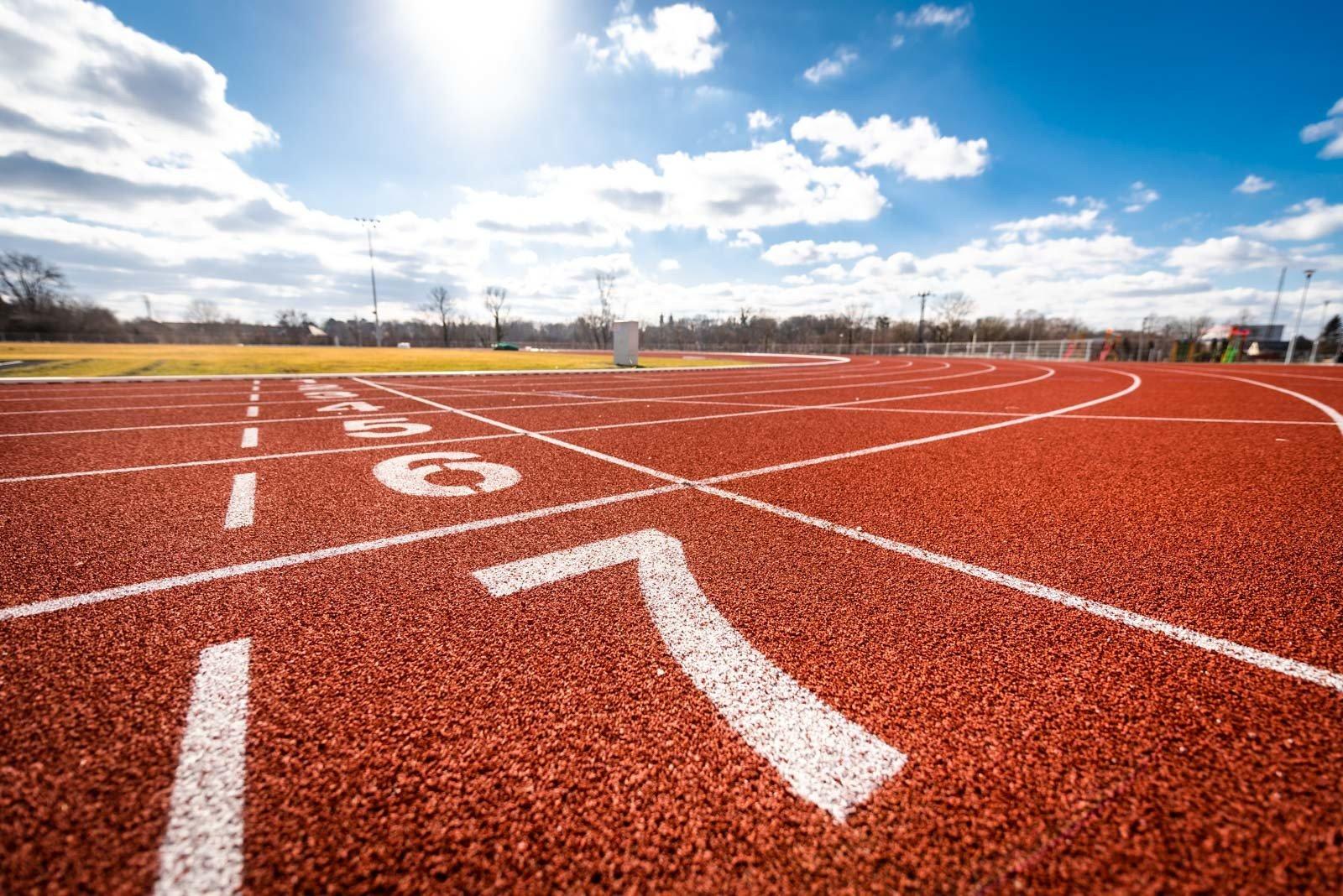 Sportcentrumot terveznek Komlón