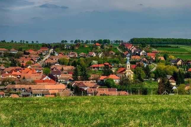 A megyében Berkenye, Hollókő vagy Szurdokpüspöki lesz a legszebb fekvésű falu?