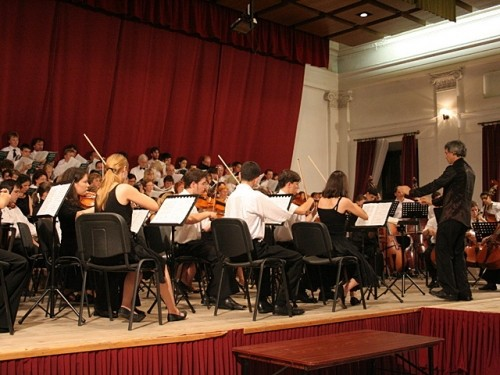 Nemzetközi muzsikustábort rendeznek Balassagyarmaton
