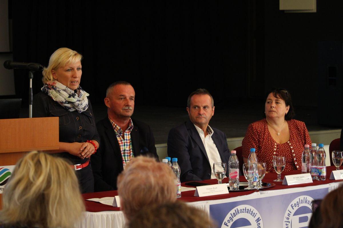 2700 munkavállalót segíti a nógrádi paktum