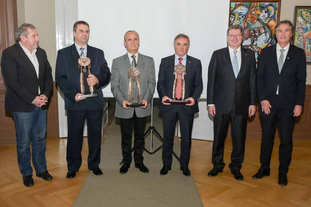Bemutatták a Top 50-et és átadták a Nógrád megyei kamarai díjakat