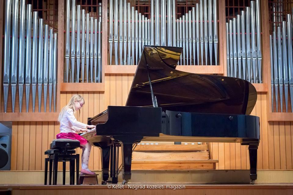 Nógrád Megyei Zongorista Növendékek Találkozója