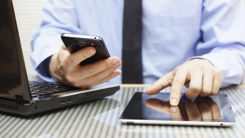 A feltöltőkártyás mobiltelefont használóknak idén is egyeztetniük kell adataikat szolgáltatójukkal