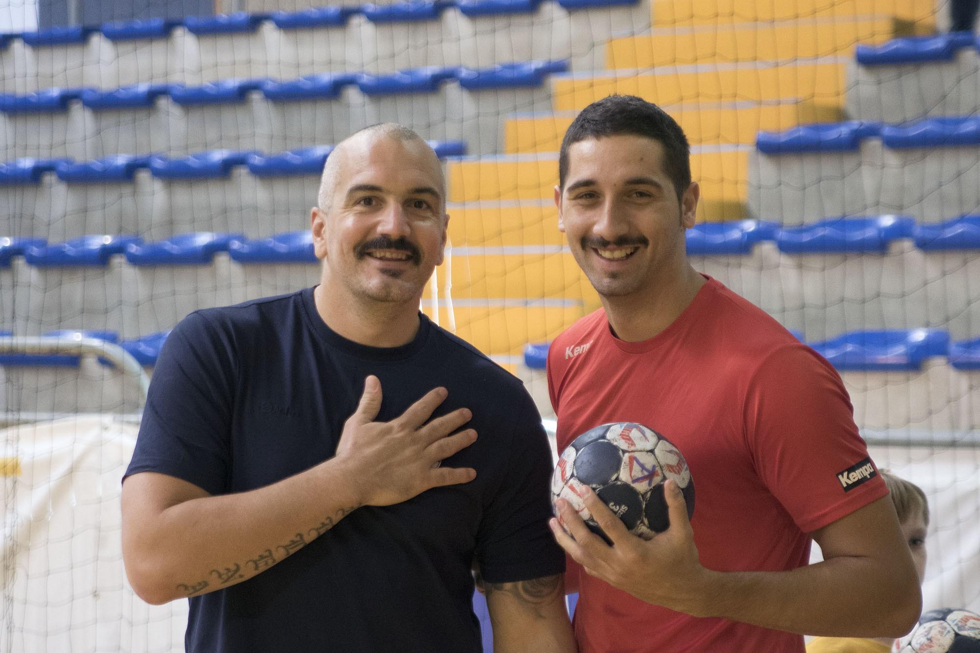 Movember: bajuszkommandó alakult a HE-DO B.Braun Gyöngyös kézilabdacsapatánál