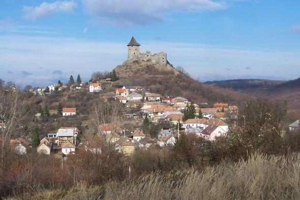 Egy apró nógrádi faluból is be lehet látni a világot