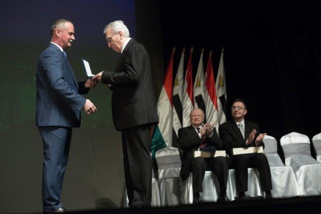 Átadták Salgótarján városi kitüntető címeit és díjait
