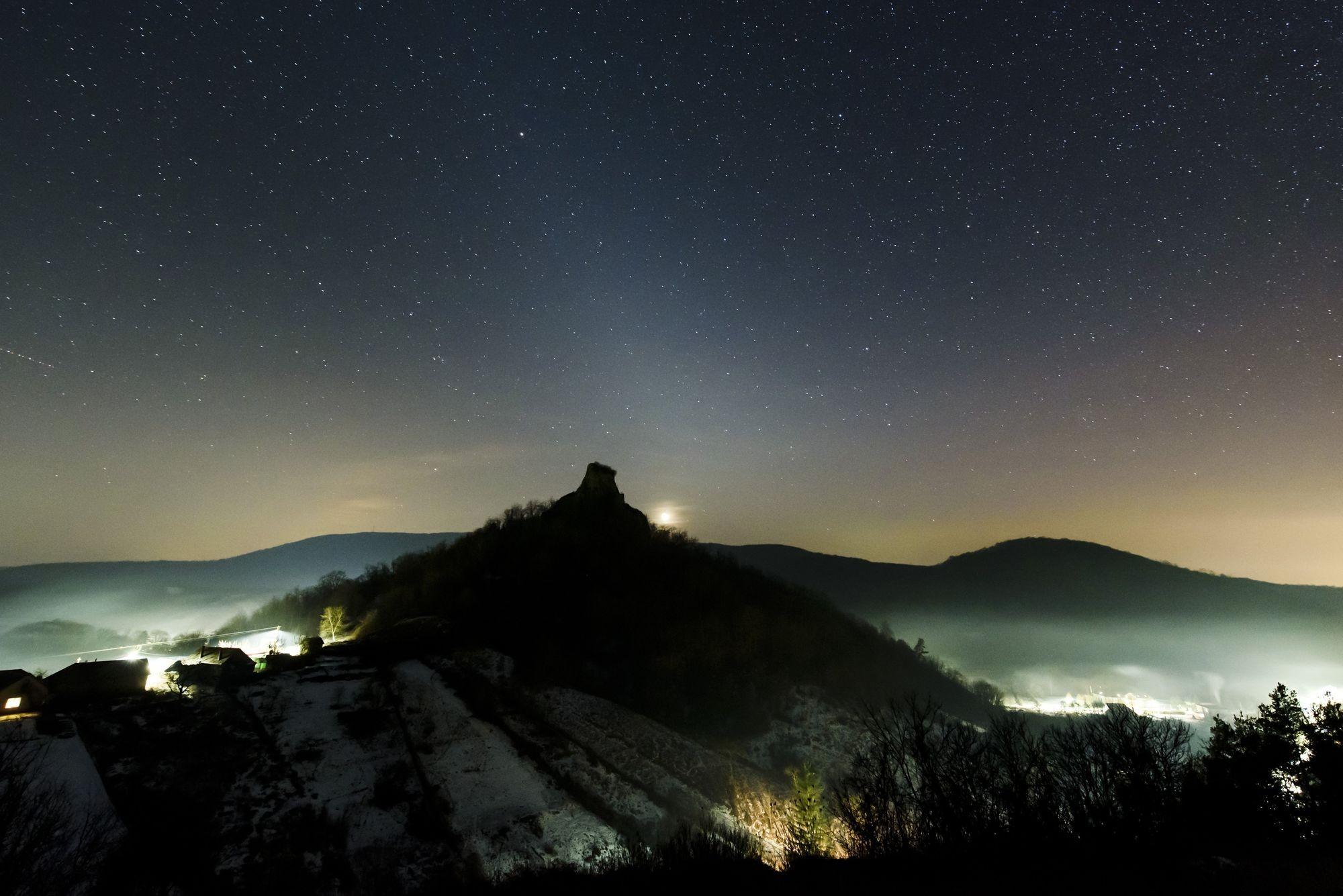 Állatövi fényt fotózott Komka Péter