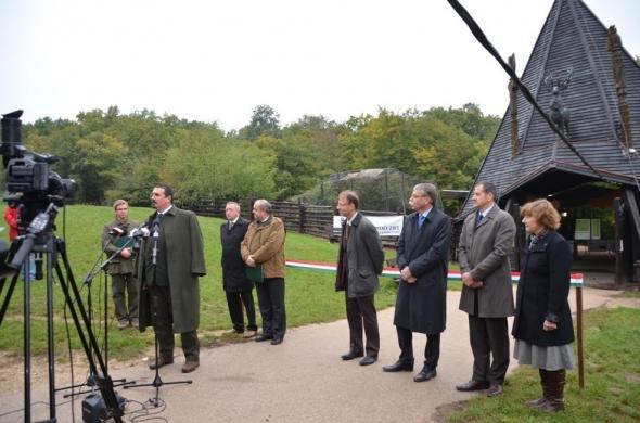 Korszerű és akadálymentes lett a Budakeszi Vadaspark új fogadóépülete