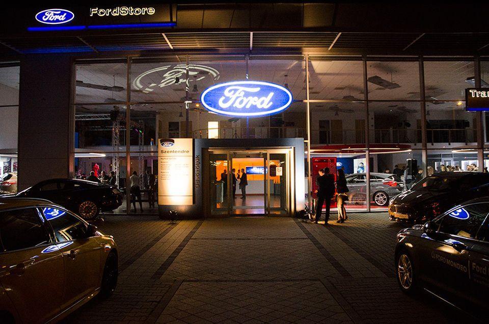 Ünnepelt a Ford Hovány Szentendrén