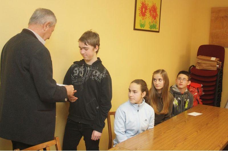 Ceglédi diákokat jutalmaztak