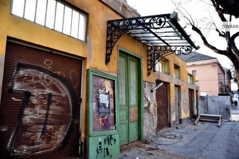 Cegléd fő utcája új épülettel gazdagodhat
