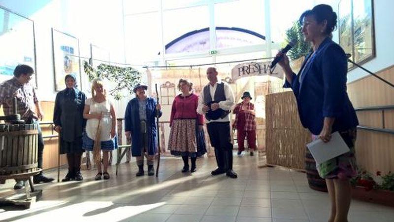 A megye amatőr színjátszói a Pajtaszínházi Szemlén