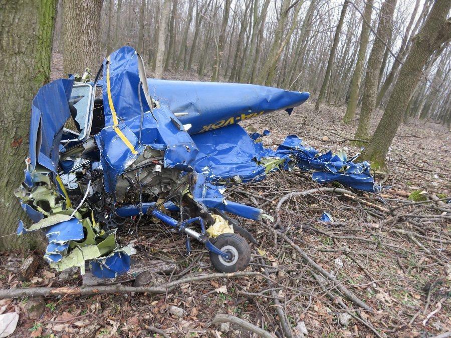 Megtalálták a Gödöllőről felszállt majd lezuhant kisrepülőt, egy ember meghalt