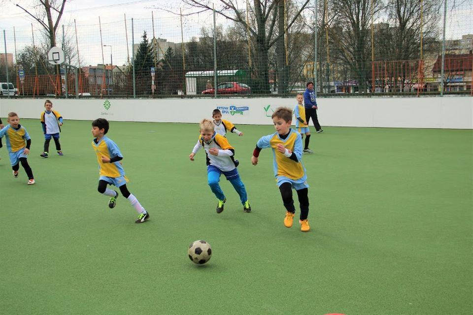 Új sportpályát kapott Dunakeszin a Bárdos Lajos Általános Iskola