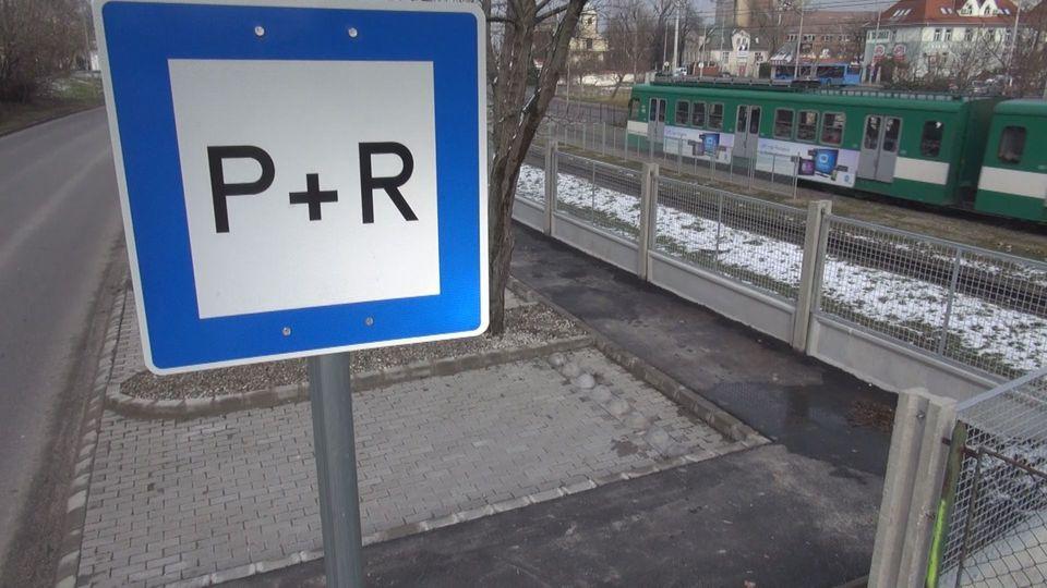 Ingyenes P+R és B+R parkolókkal bővül a gödöllői HÉV