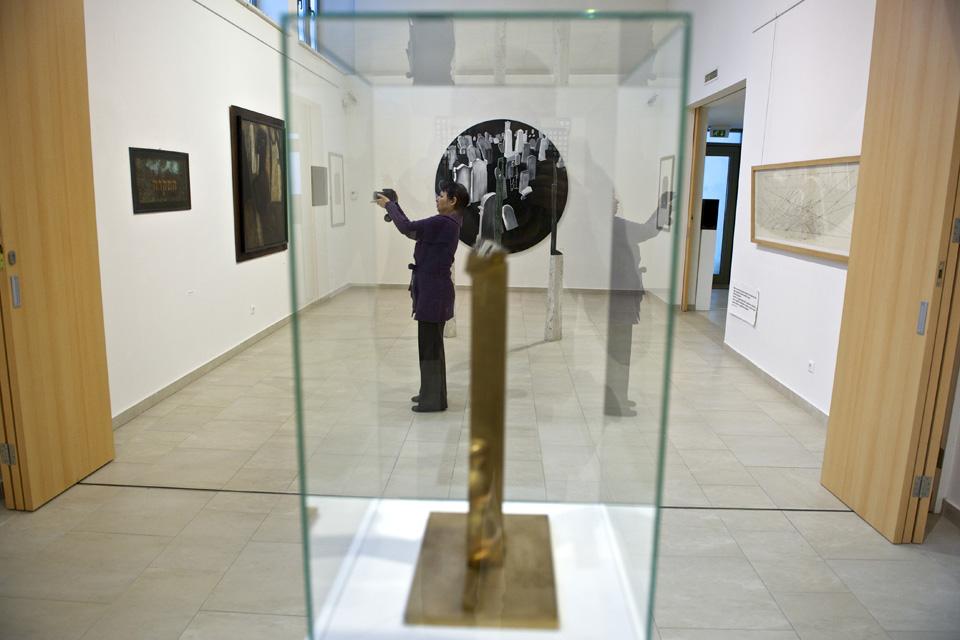 A Szentendrei Régi Művésztelep alkotóinak nyílik kiállítása Szigligeten