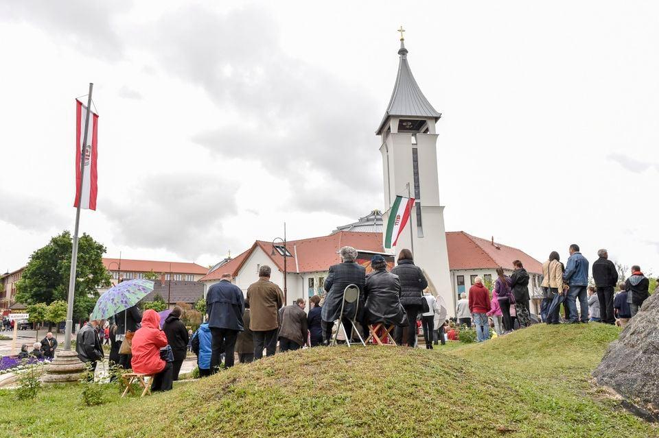 Felszentelték Veresegyház új katolikus templomát