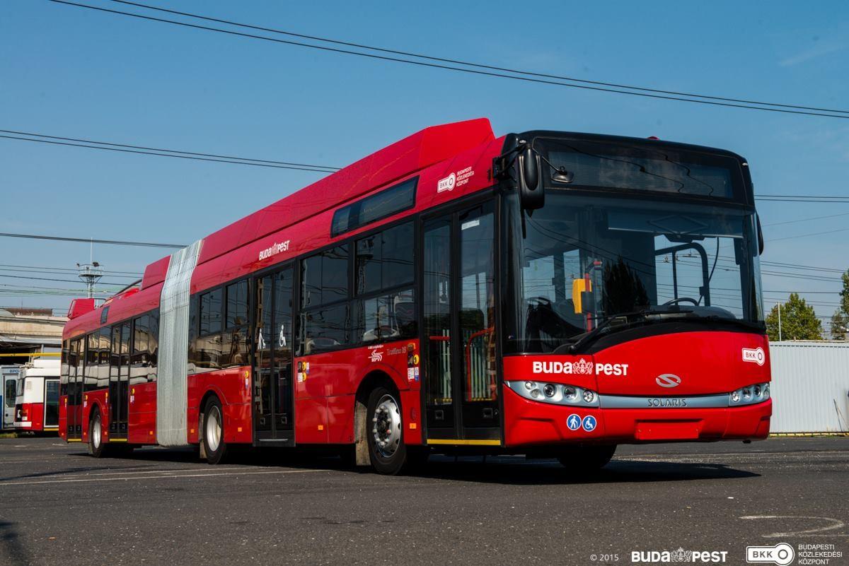 Maguktól nyíltak ki a troliajtók, pótló buszokat vet be a BKV