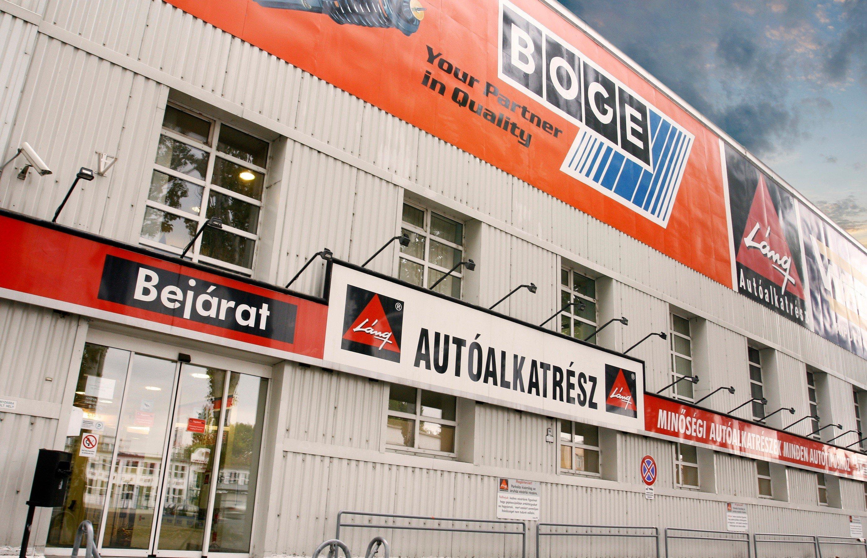 22 ezer négyzetméteres raktárat létesít Csepelen az autóalkatrész kereskedő