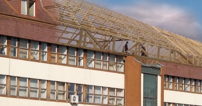 Kezdődik a gödöllői városháza bontása