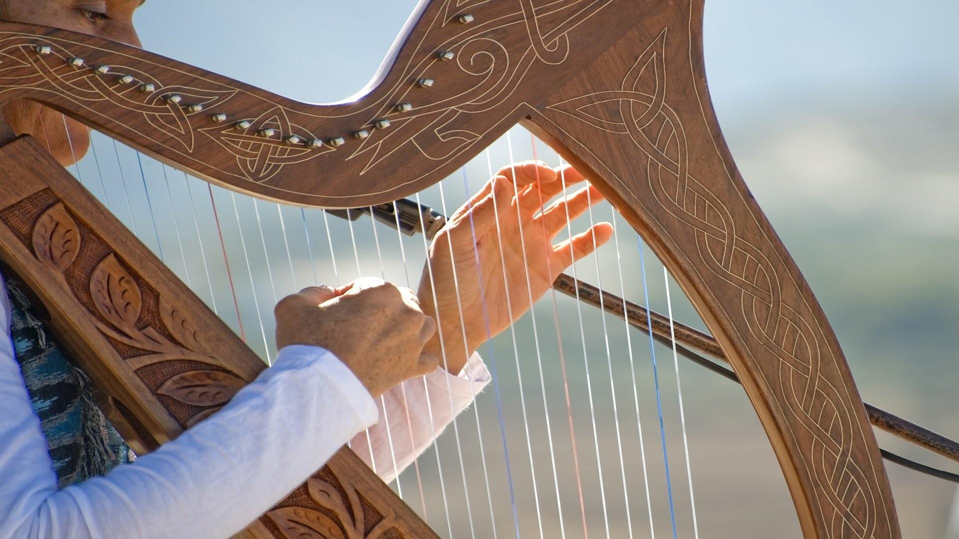 Ötezer éves hangszerrel ismerkedhetünk meg a budapesti Festetics-palotában