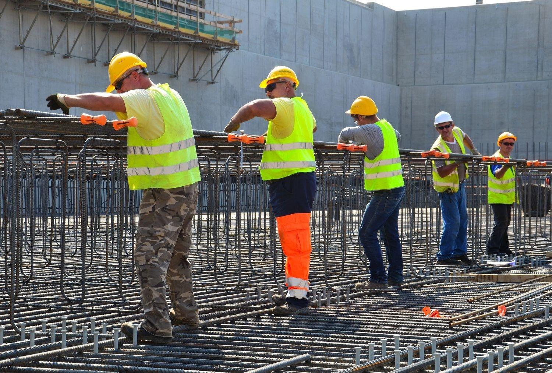 Drasztikus béremelés a magyar betanított munkások körében