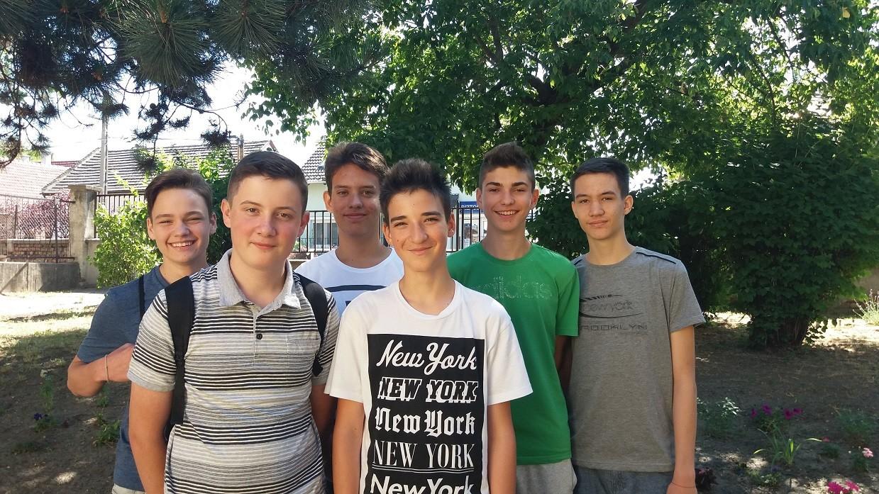 Életet mentett egy csapat csepeli általános iskolás