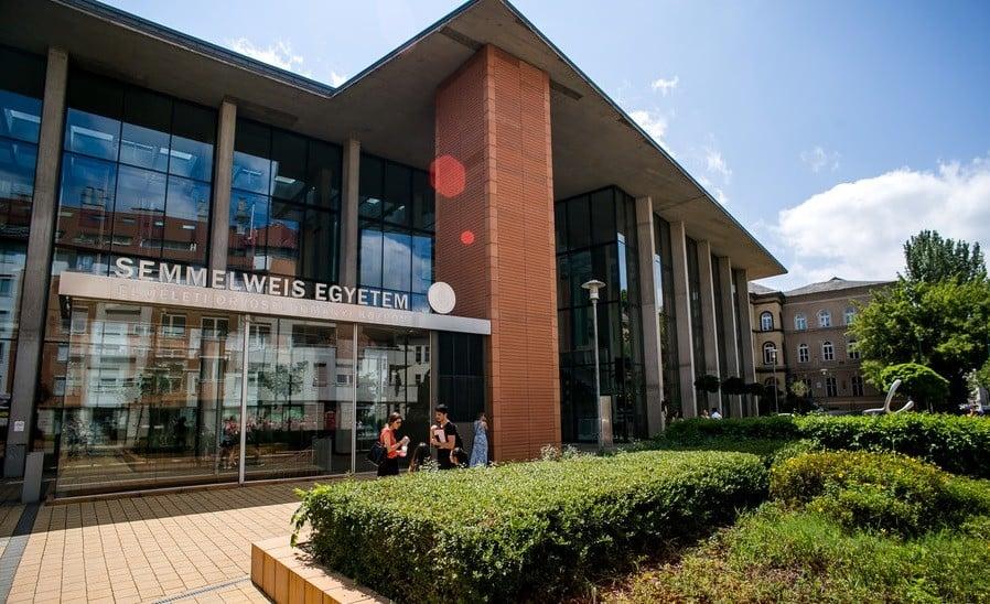 Kínai orvoslási részleget épít a Semmelweis Egyetem