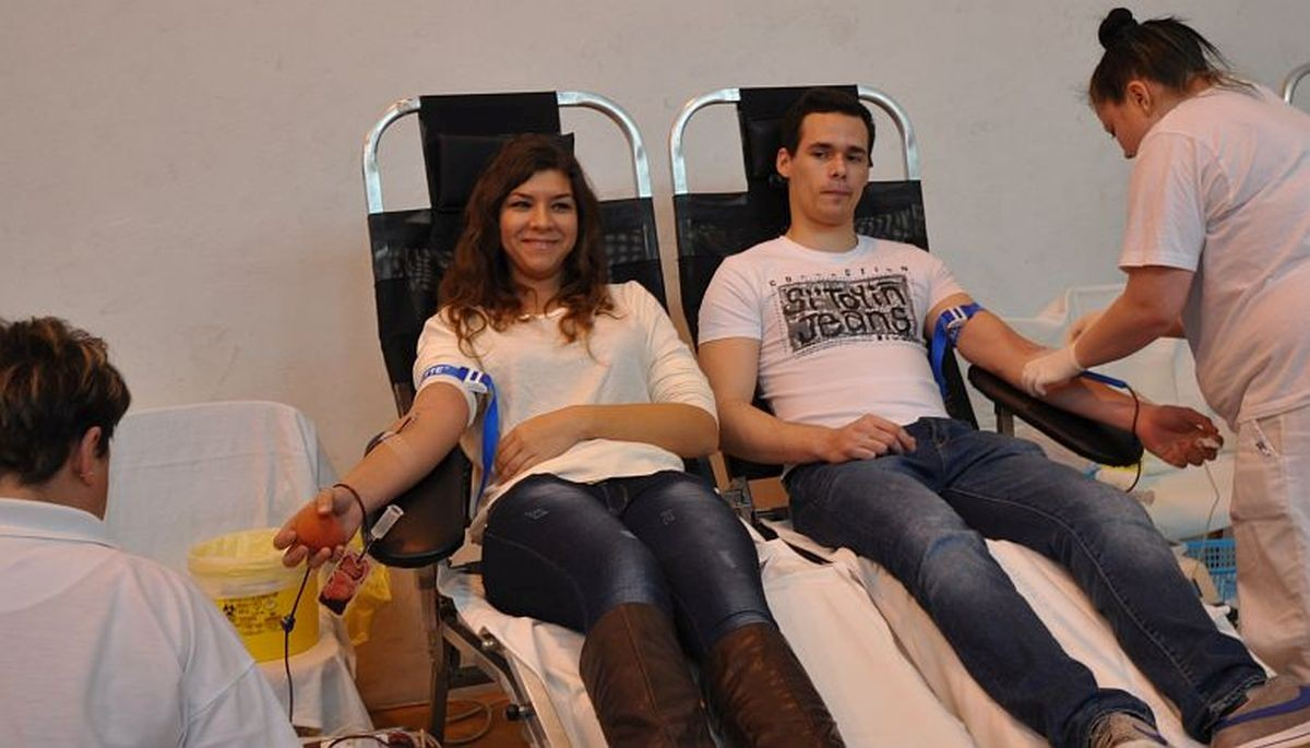 Nyár végéig több mint ezer véradást szervez a Vöröskereszt és az OVSZ