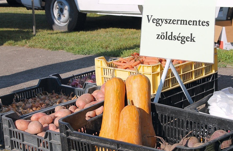 Minden magyar településnek legyen termelői piaca!