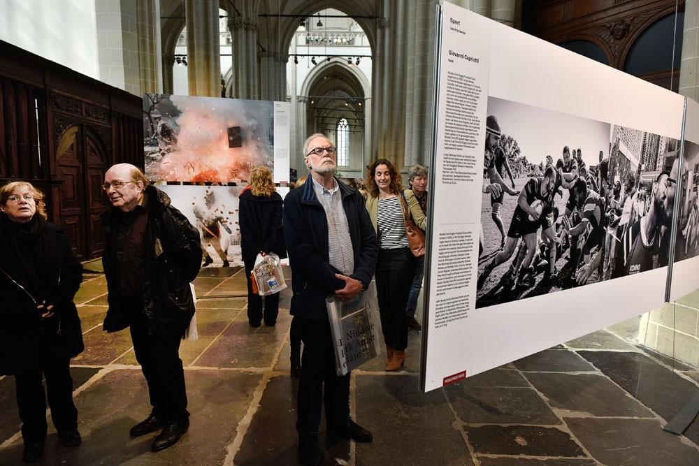 Magyarországra érkezett a világ legjelentősebb sajtófotó kiállítása