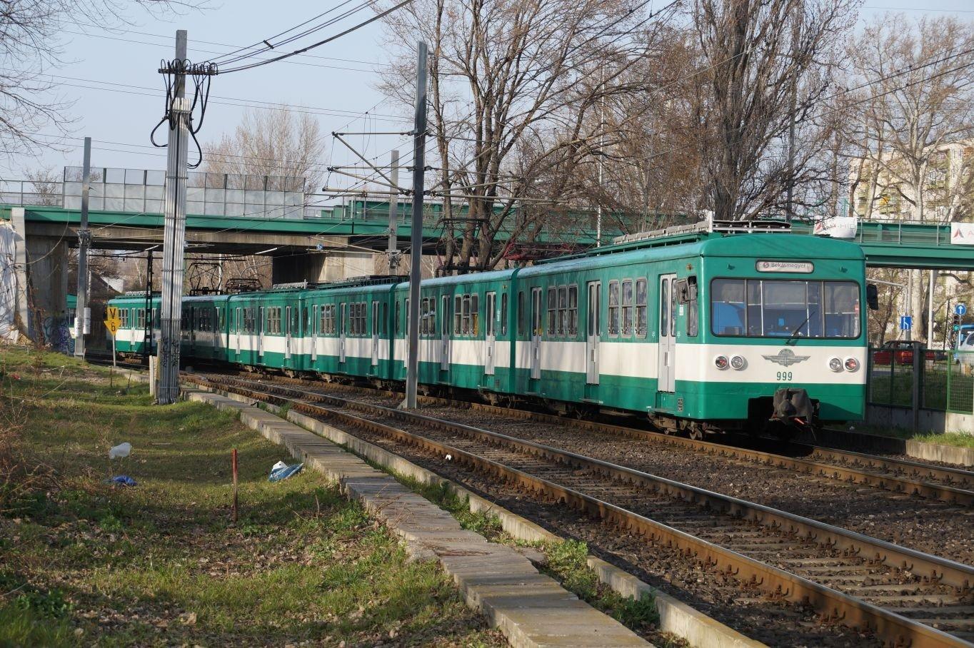 Pótlóbusszal lehet kijutni Szentendrére a HÉV helyett a hétvégén