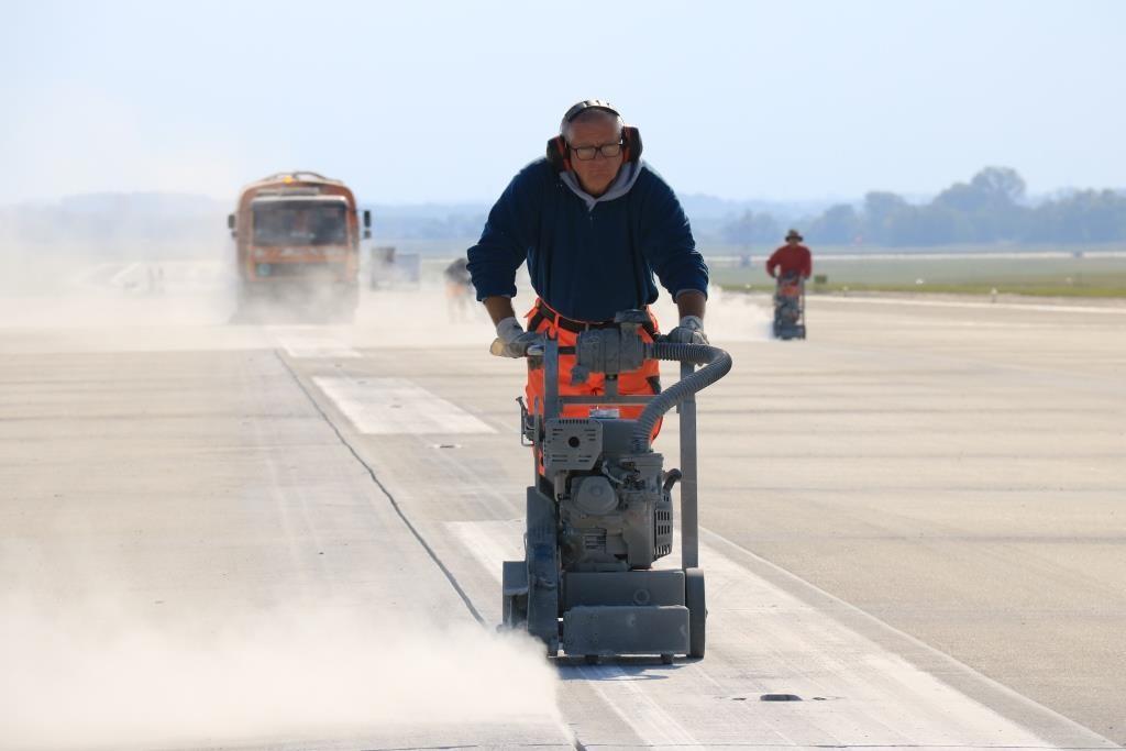 Strapabíróbbá válik a Liszt Ferenc repülőtér futópályája