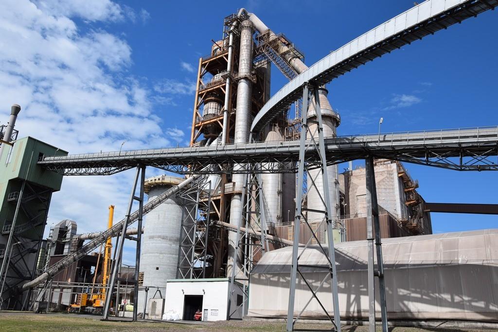 Jelentős alapanyaggyártót olvaszt magába a Duna-Dráva Cement