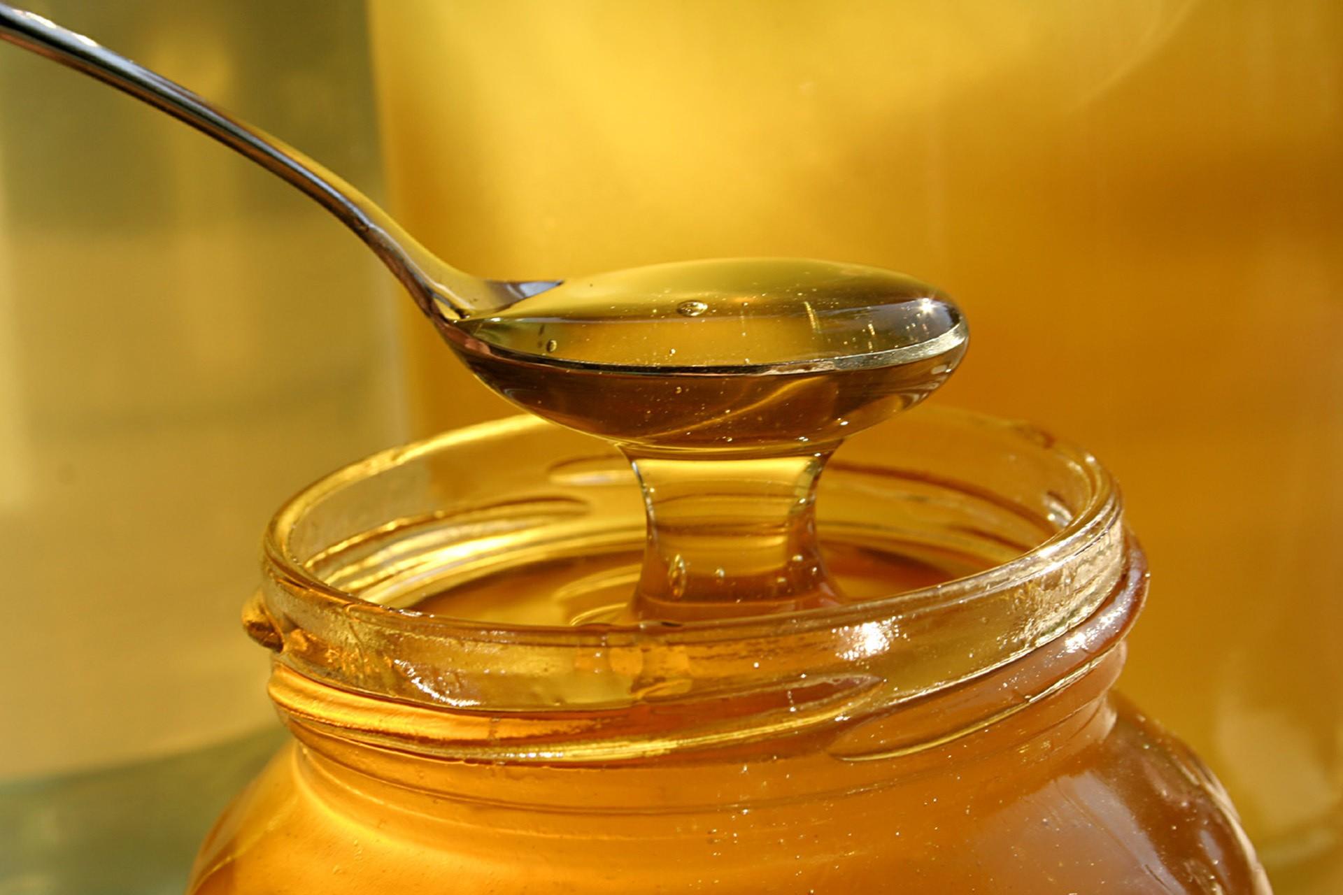 Miről ismerjük meg az igazi mézet?