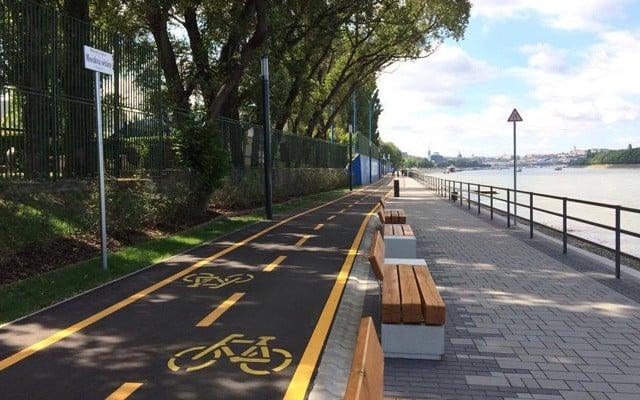 Teljes a biciklis kapcsolat a pesti belváros és az Árpád-híd között