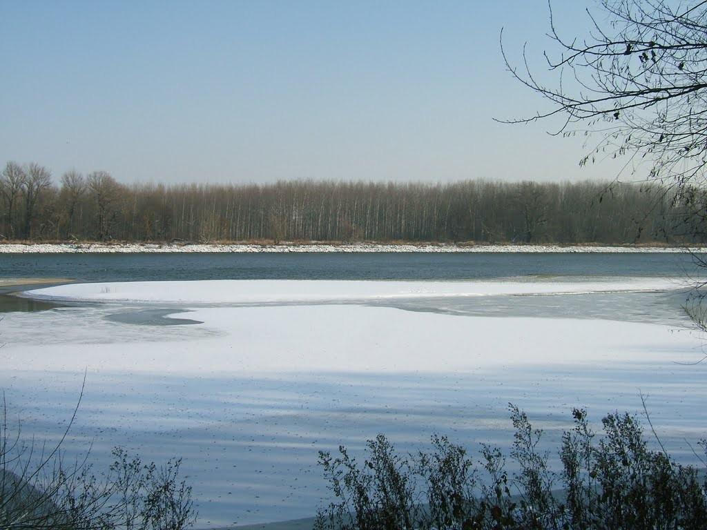 Rekord mennyiségű hó halmozódott fel, árvíz jöhet a Dunán