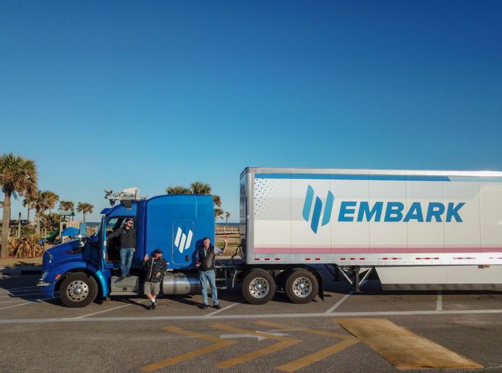 Eljutott Amerika egyik végétől a másikig az önvezető kamion