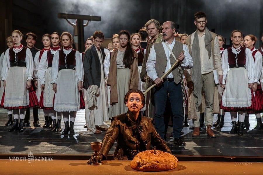 Csíksomlyóba is eljut a Nemzeti Színház passiója