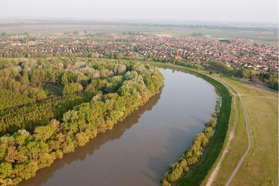 Így teszi biztonságosabbá a Közép-Tiszát a Magyar Vakond