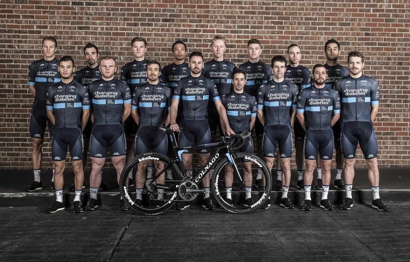 Kerékpárral küzd egy cukorbeteg csapat a cukorbetegség ellen