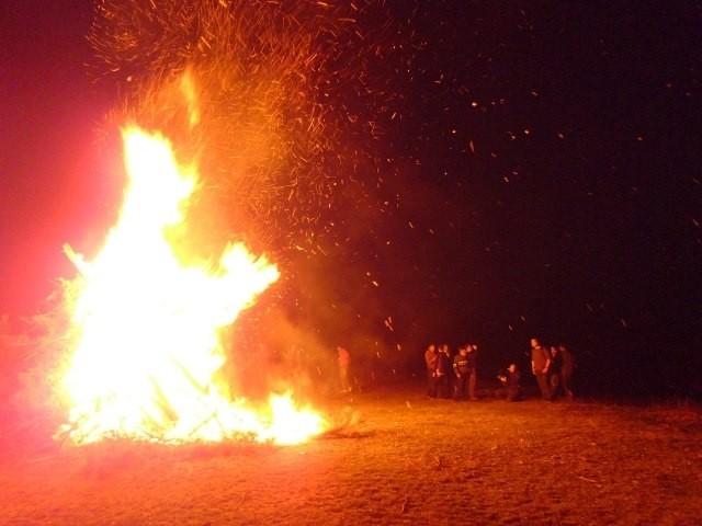 Újra kigyúltak a tüzek szerte Székelyföldön