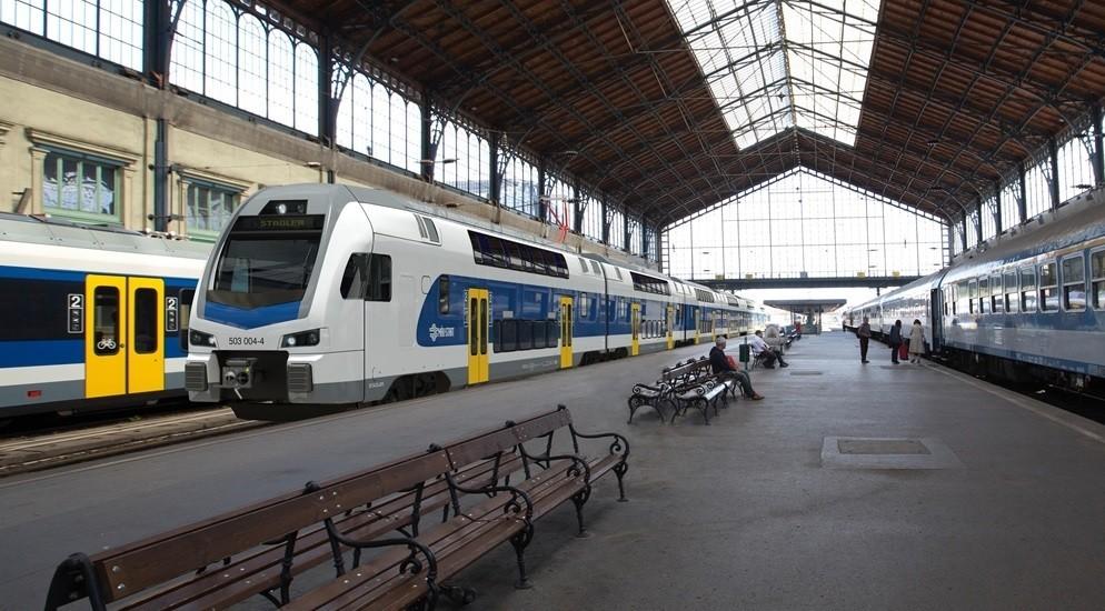 Már a dunakeszi járműjavítóban vannak a KISS-vonatok