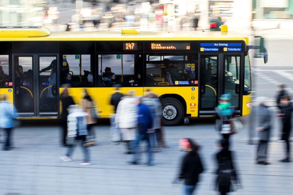 Több időt töltenek utazással a fővárosiak, mint az ingázók