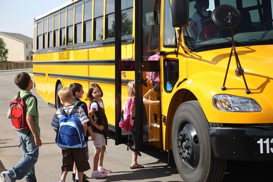 Iskolabusz-program indul Budapest egyik népszerű kerületében