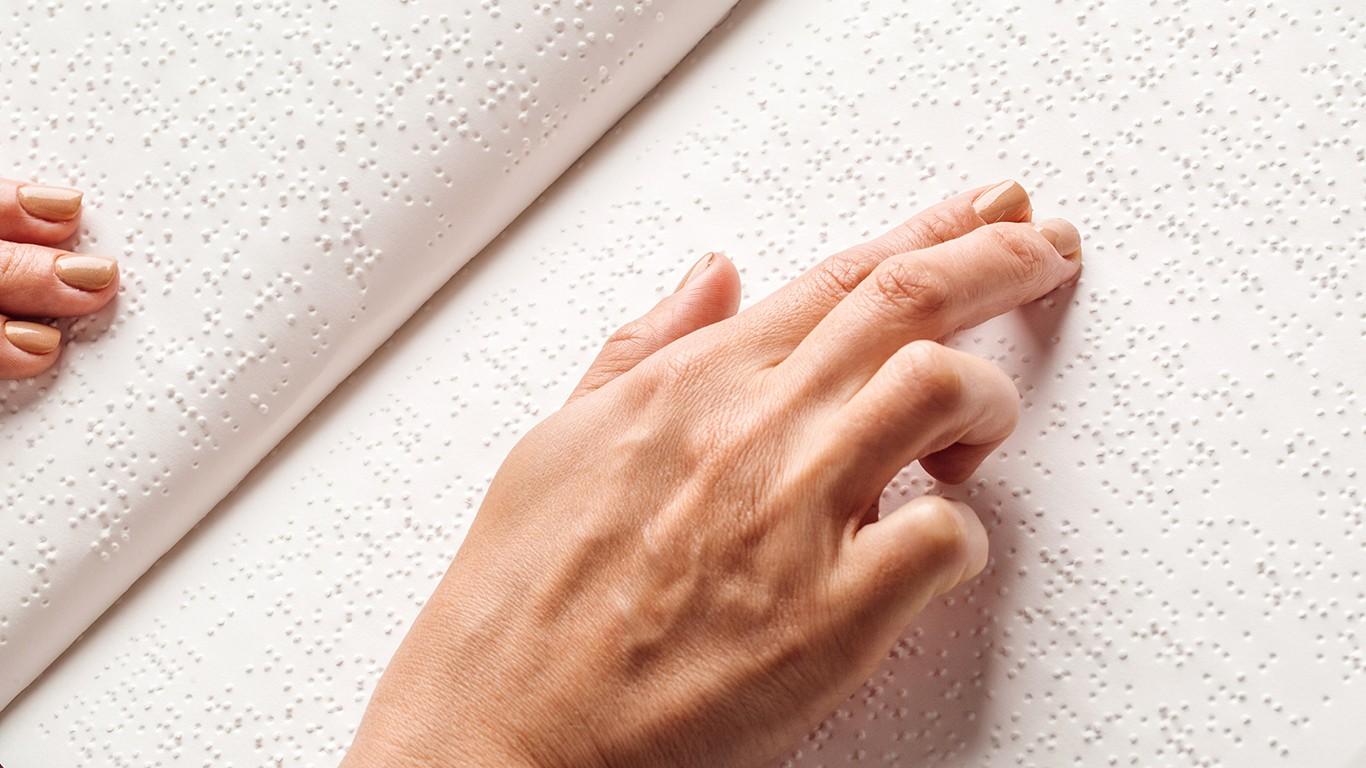 Ábécéskönyv jelent meg a Braille-írás világnapján